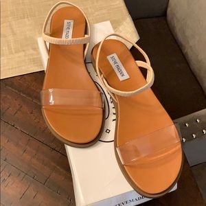NIB Steve Madden Ariaa clear sandals